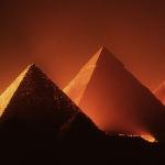Quién construyó la Gran Pirámide?